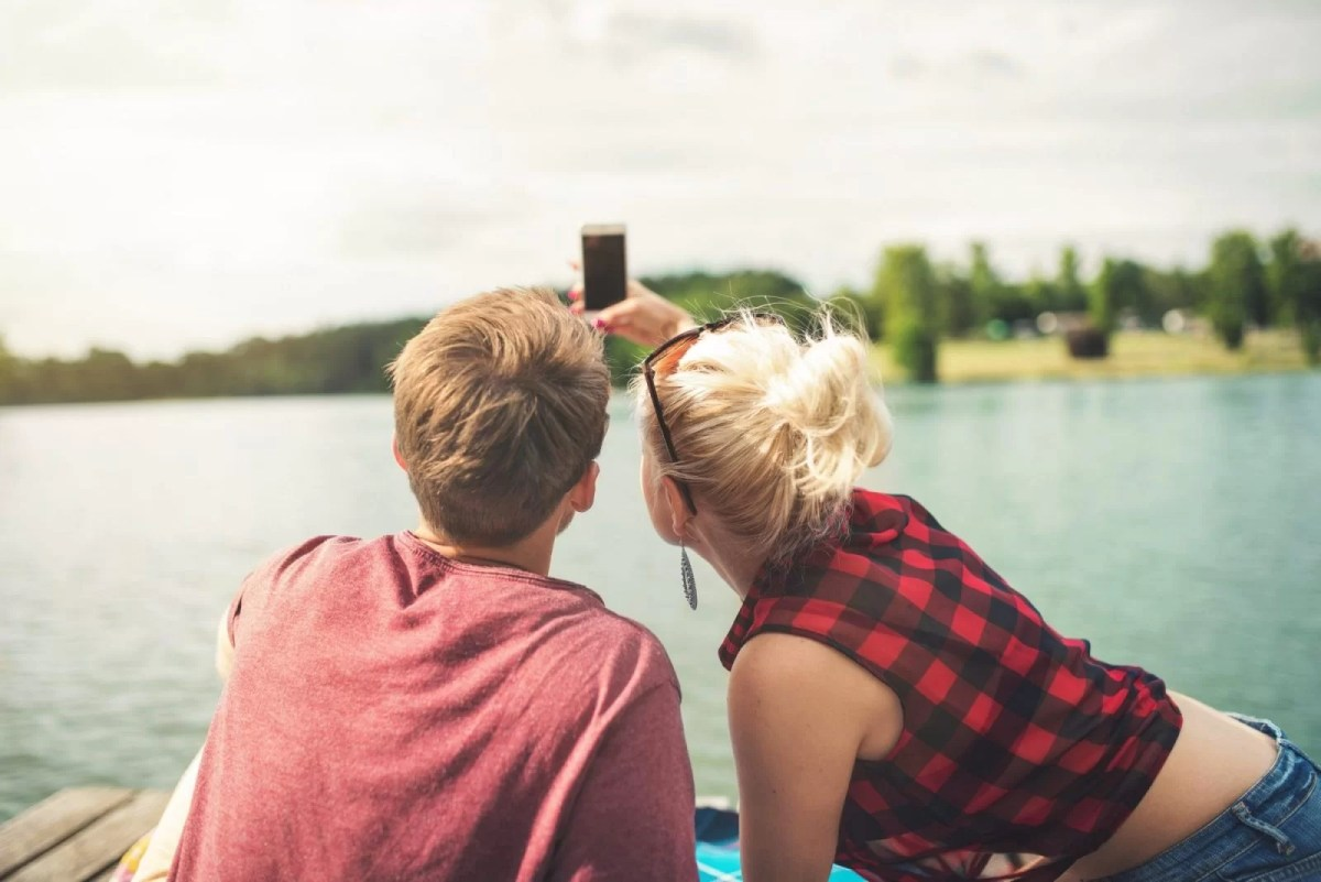 10 Sure Signs You're in a Healthy Relationship