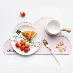 Waterproof  Cloud Shaped Plate Mat Table Mat Set