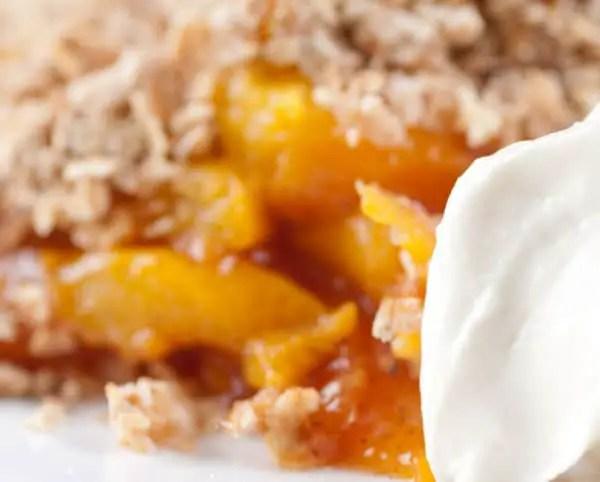 Easy Fresh Peach Crisp Recipe with Oats