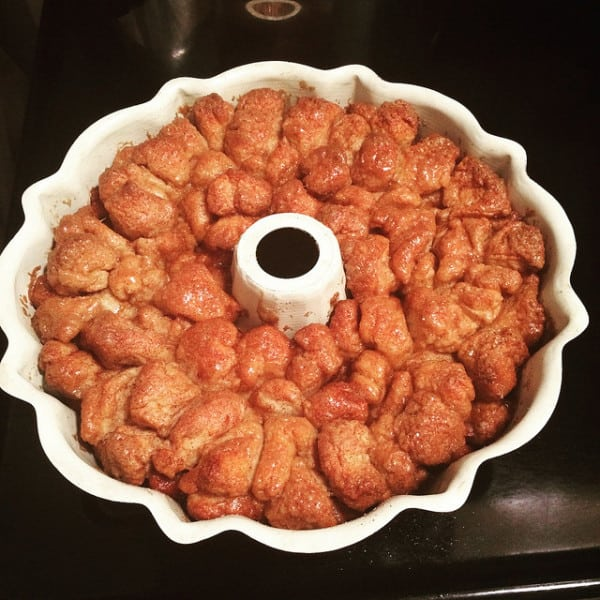 easy monkey bread recipe with biscuits