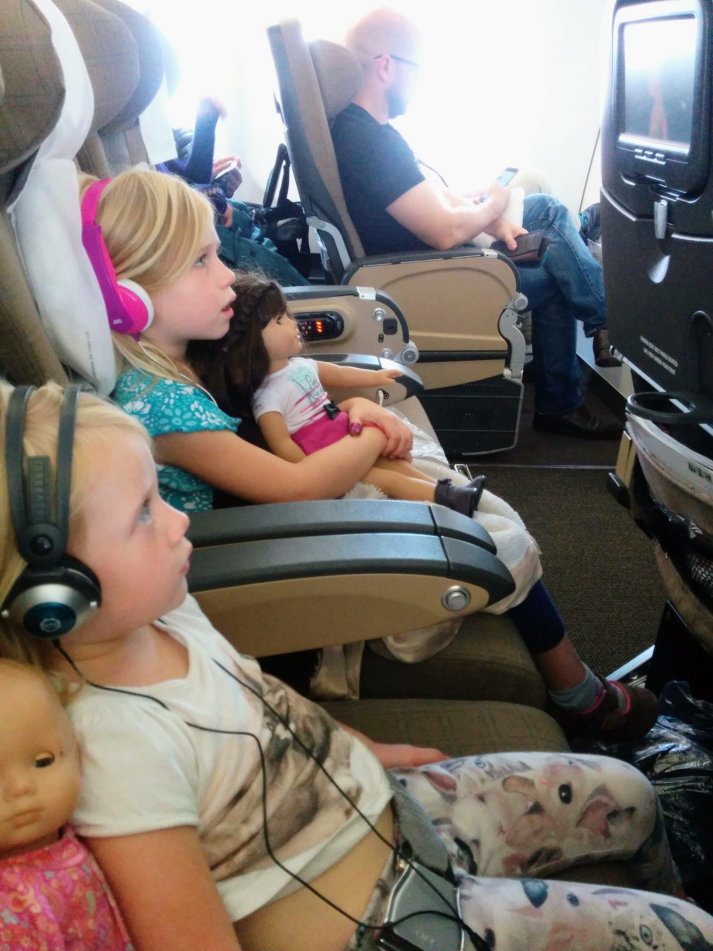 Top 10 Tips- Preparing Kids For A Long Flight