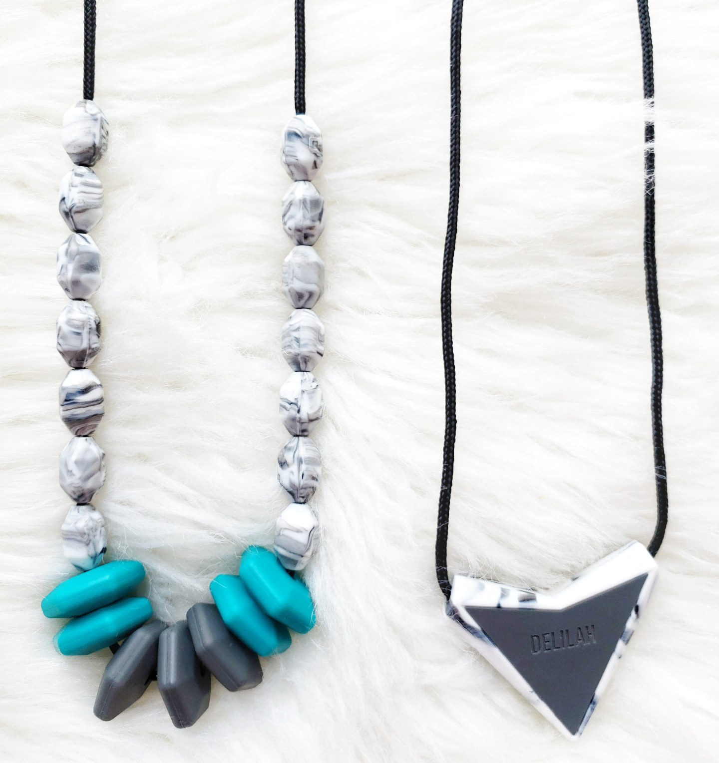 Fashionable Yet Practical Teething Silicone Necklaces for Baby and Mom