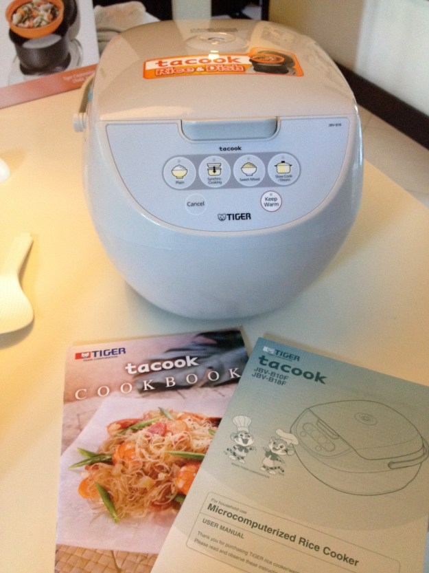 The Tacook came with an instruction booklet and a cookbook with a good number of Filipino, Chinese, and Japanese recipes. Super useful!