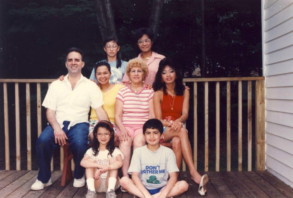 This was in the home we grew up in NY. Dad was always really great about taking ritual family photos. (I'm not quite sure why I look so angry in this photo.)