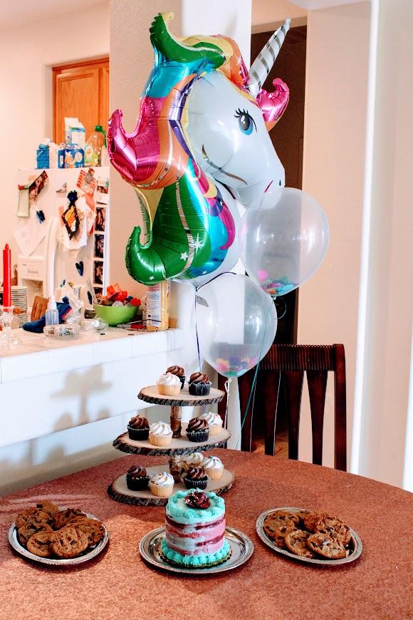 Unicorn and Rainbow dessert Table- www.mommininapinch.com-Unicorn-rainbow-birthday-party