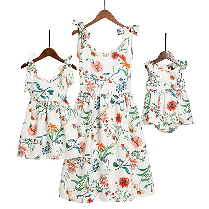 Floral sundress mommy and me dresses http://www.mommininapinch.com/mommy-me-dresses/