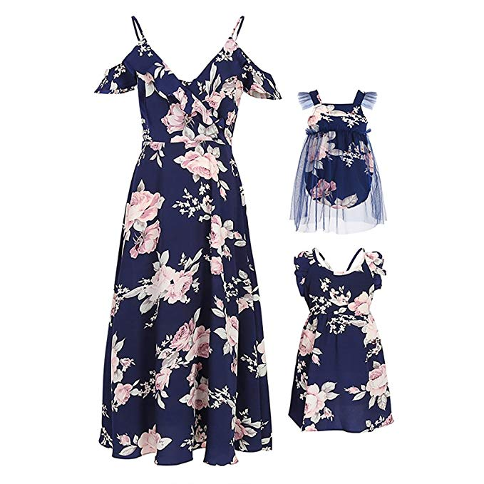 V neck floral mommy and me dresses http://www.mommininapinch.com/mommy-me-dresses/