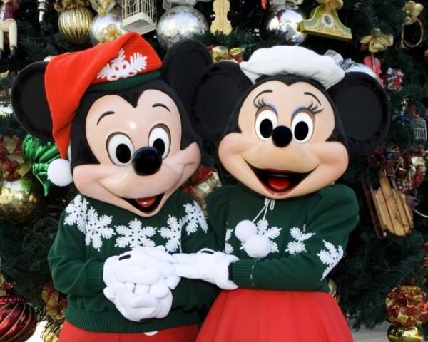 Disneyland Holidays- Mickey and Minnie Mouse