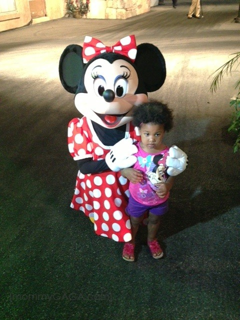 girl with Minnie Mouse