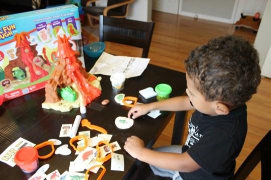 RoseArt Magic Fun Dough Volcano Review
