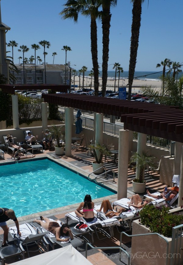 JW Marriott Santa Monica Pool and Beach