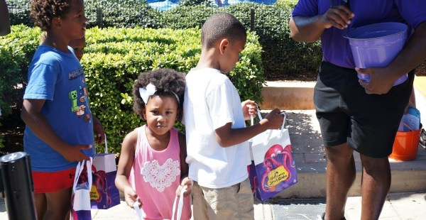 Kids Trick or Treat at Sea World San Diego Halloween Spooktacular