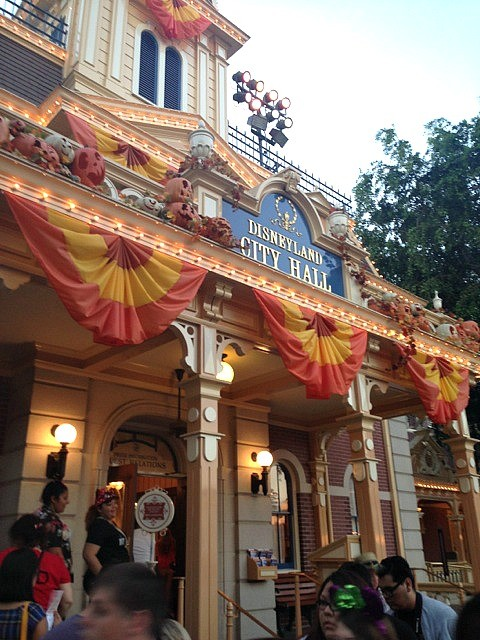 Halloween Time at The Disneyland Resort - City Hall, Main Street