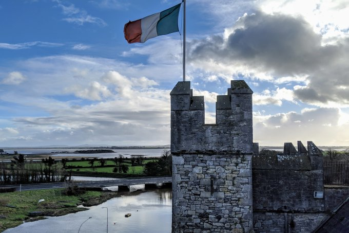 what is Ireland's flag