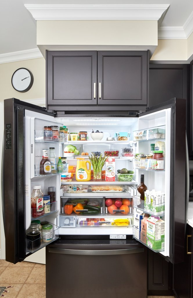 black stainless steel refrigerator