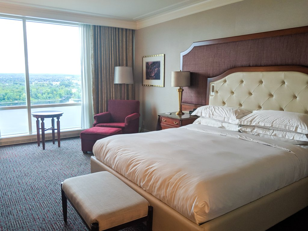 hilton lac leamy reviews