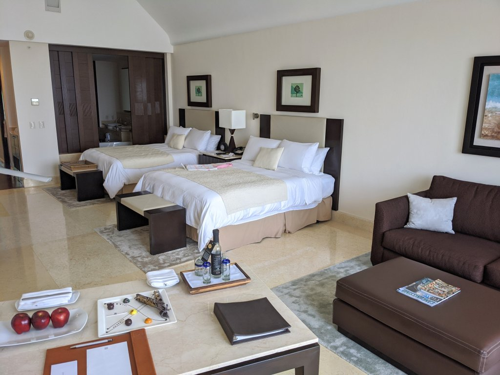 grand-velas-riviera-maya-suite