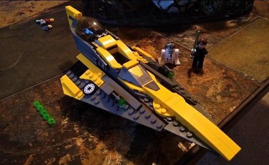 LEGO Star Wars 75214 Anakin's Jedi Starfighter Picture