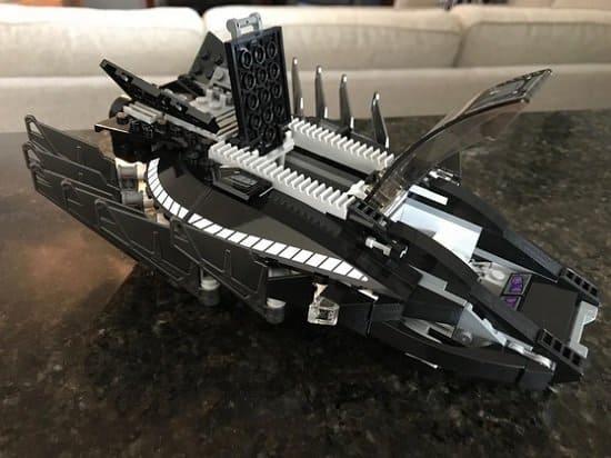 LEGO Marvel Super Heroes Royal Talon Fighter Attack 76100 Building Kit