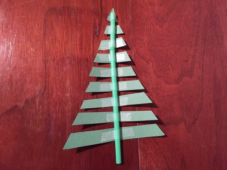 Christmas Tree Straw Craft for Kids