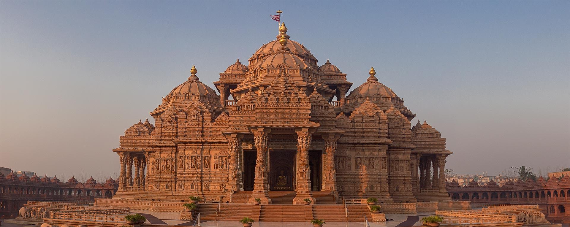 Famous Temples of Delhi #BlogchatterA2Z