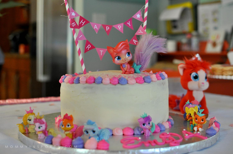 Palace Pets Birthday Cake Horiz