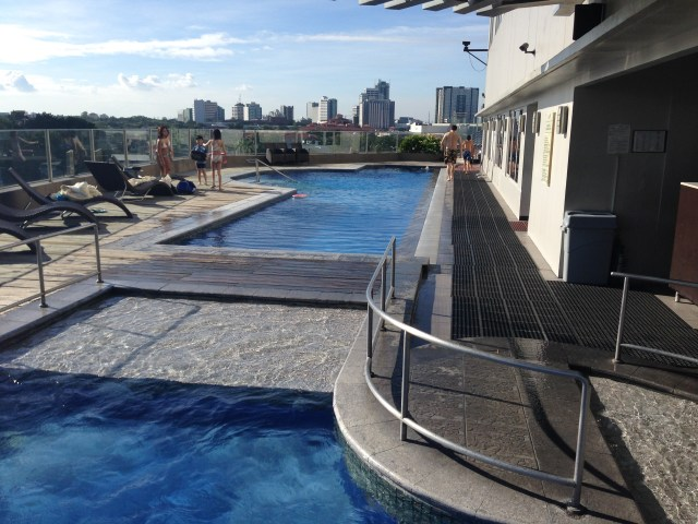 Acacia Hotel Alabang Review