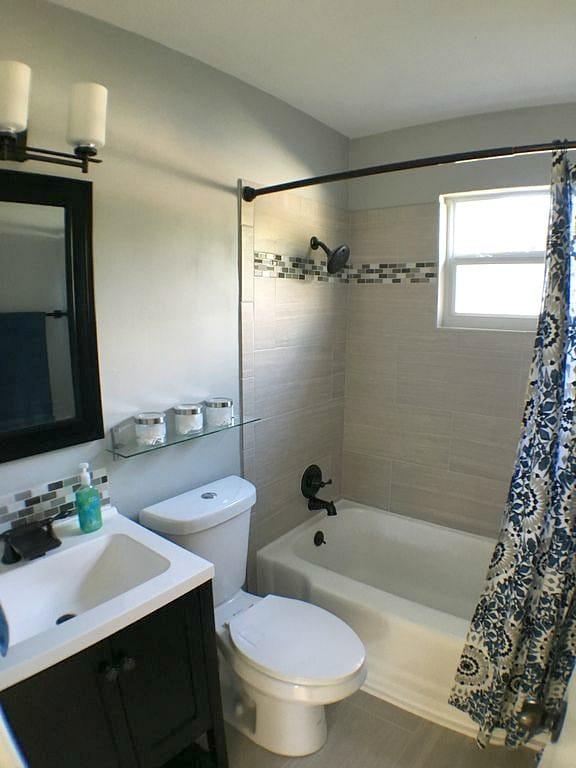 Small Bathroom Storage Ideas for Under $100 on Small Bathroom Ideas Pinterest id=64618