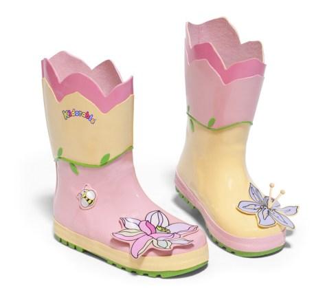 boot_lotus