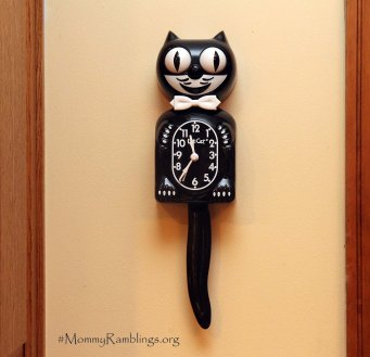 kitcat clock