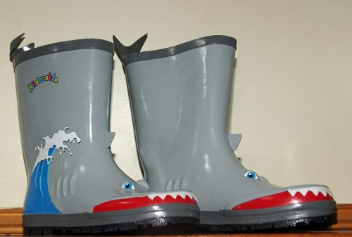 kiddorable-shark-boots-2