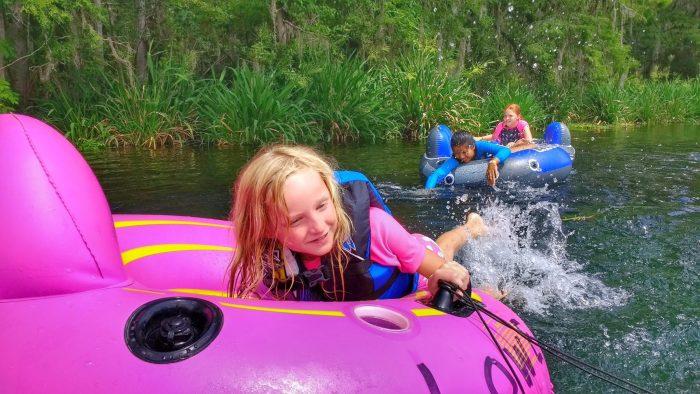 Our Ichetucknee Springs Tubing Adventure | Mommy Runs It