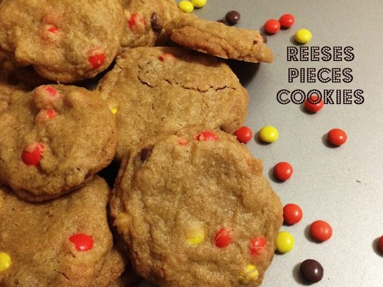 30 Days of Christmas Sweets: Reese's Pieces Cookies #Candycookies #ChristmasSweets #ChristmasCookies