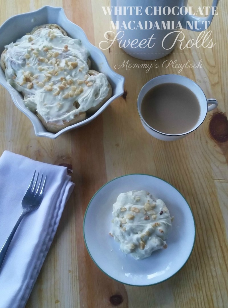 White Chocolate Macadamia Nut Sweet Roll Recipe #SweetRoll #MacadamiaNut #CookieSwap