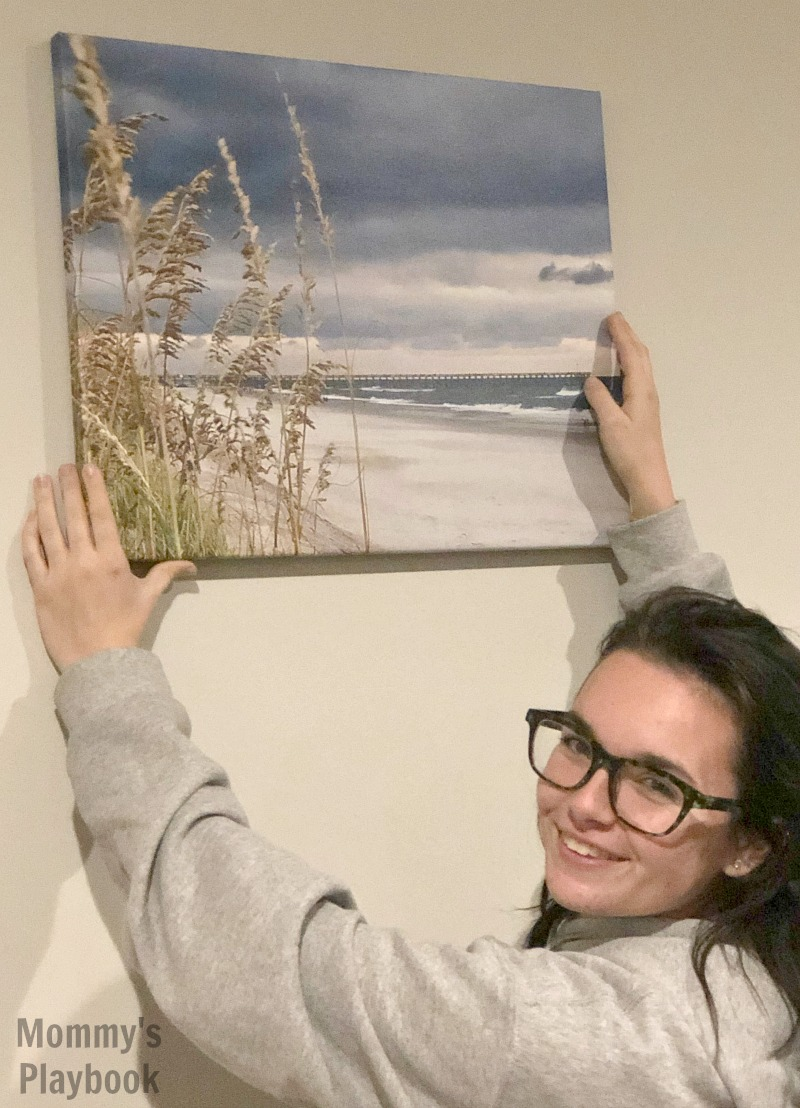 CanvasDiscount.com uses only the highest quality materials for their photo canvas. The colors are beautiful and vivid. Photos come out sharp and clear. All canvases come ready to hang, frame or display. #CanvasDiscount #GiftIdeas