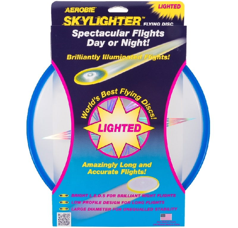 Continue plyaing even after the sun goes down with the Aerobie Skylighter Disc from #Aerobie #Swimways