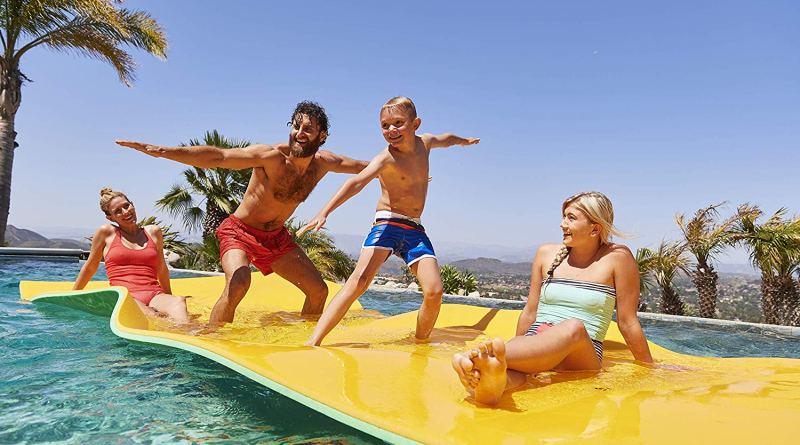 The Floating Oasis from FloatationIQ #Lakepad #NewProduct #summerfun #lakelife #floatingoasis #floatationIQ
