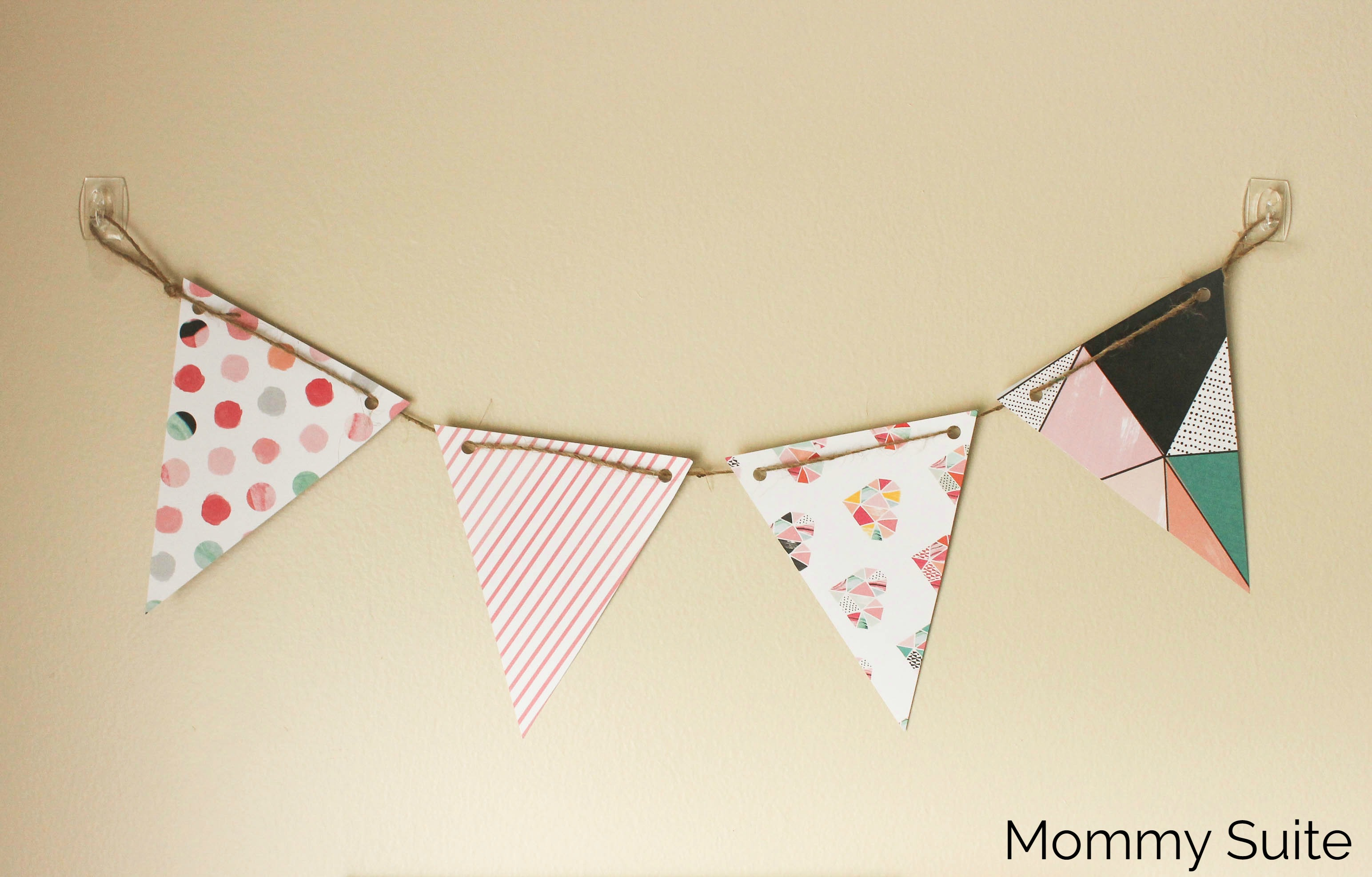 Fresh DIY Paper Pennant Banner (w/ Free Template) - Mommy Suite FQ42