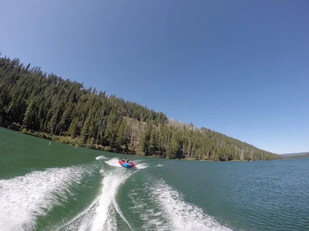 boating on Suttle Lake