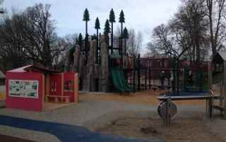 Skinner Butte Park playground in Eugene Oregon