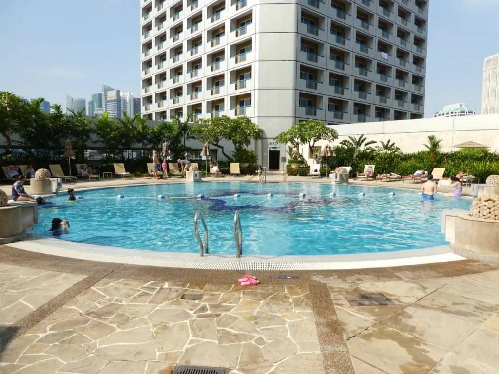 Fairmont Singapore swimming pool
