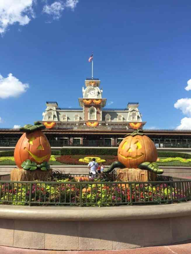 Halloween decorations at Mickey's Not so Scary Halloween Party