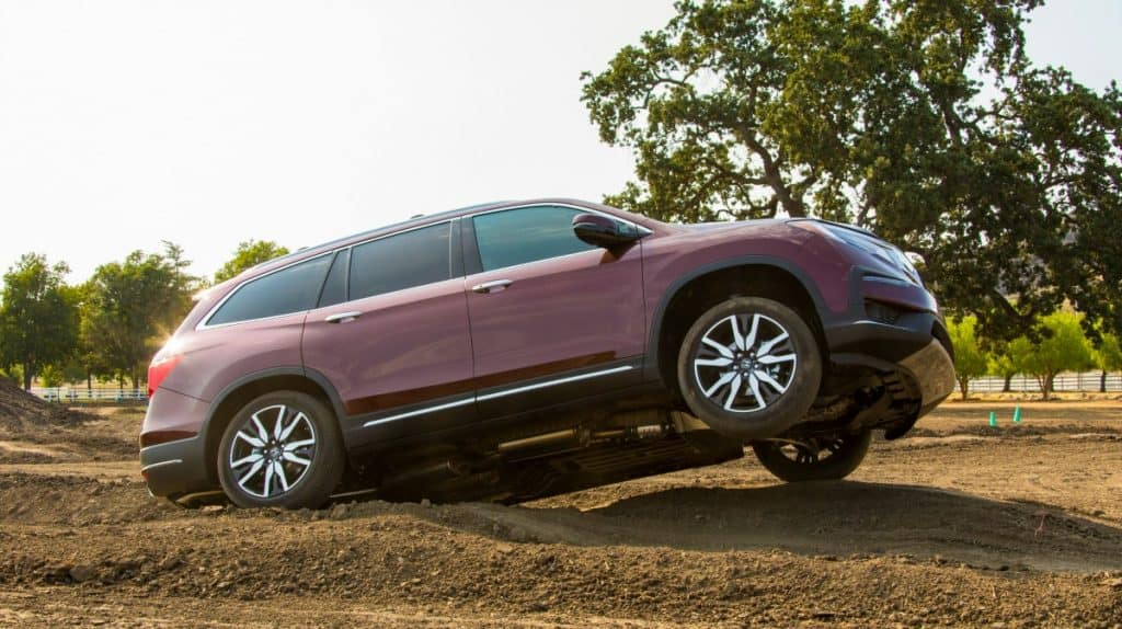 off-roading the 2019 Honda Pilot Elite