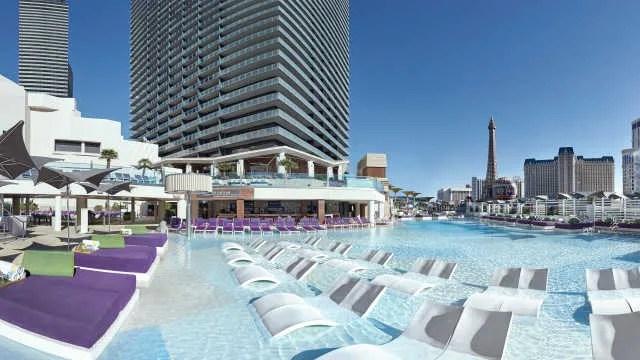 Cosmopolitan's boulevard-pool