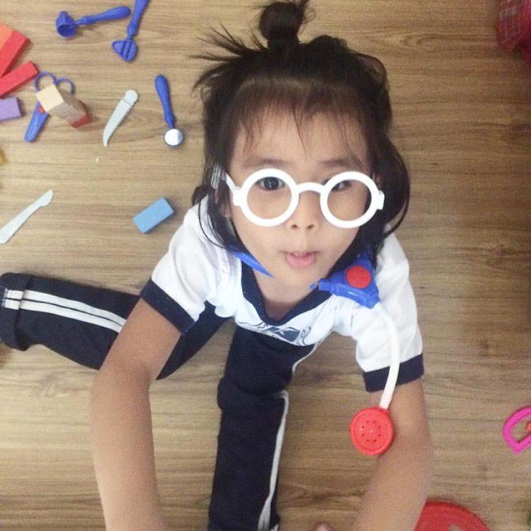Quiet play with preschoolers