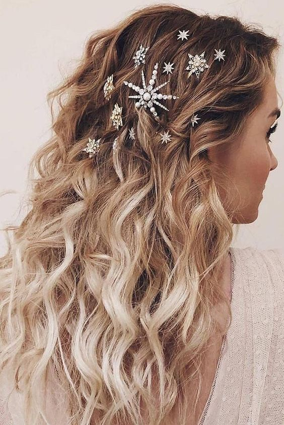 10 Gorgeous Hairstyles With Clips