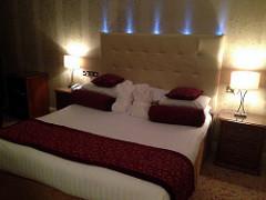 insomnia-bedroom