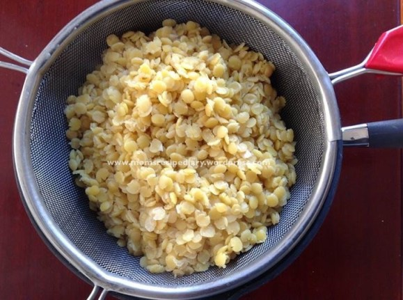 Oliga/Poornam Bobbattu/Puran Poli · Mom's Recipe Diary