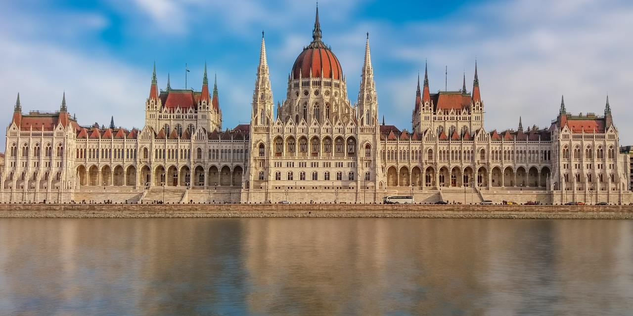 Visiting Prague And Budapest – Cheap travel to Europe