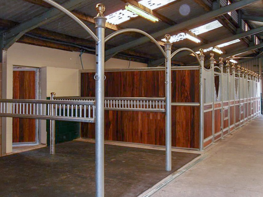 Monarch Equestrian Ladder Style Wash Bay with Cross Tie Posts